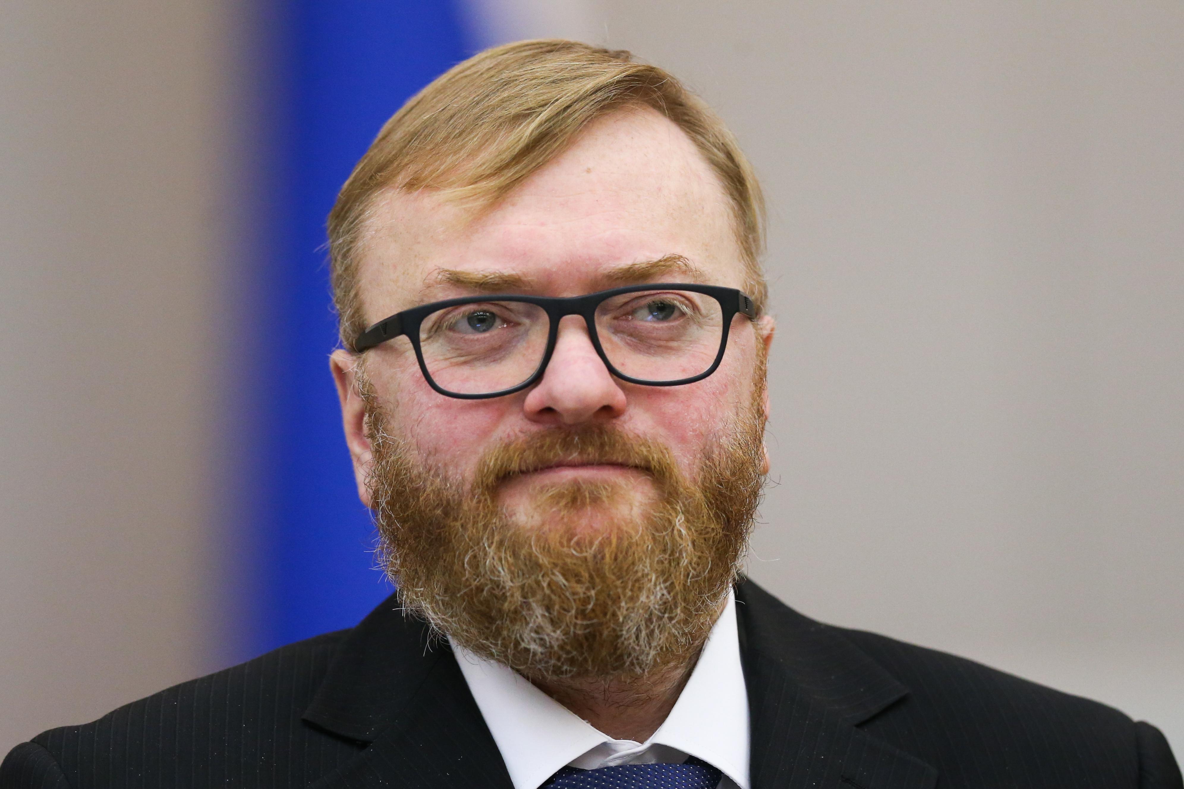 Депутат Госдумы Милонов недоволен вечно выскакивающей физиономией Навального в интернете